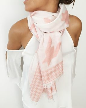 scarf with rosa crowfoot print