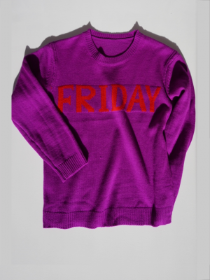 Statement sweater Friday purple